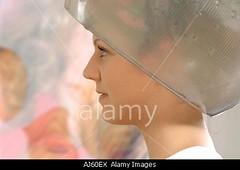 AJ60EX (drakar_alan) Tags: woman color beauty work hair style wave frisur coloring hairdresser salon perm dresser farbe coiffeur styling permanent farben haare friseur haar hairstylist arbeiten coiffeuse locken dauerwelle lockenwickler
