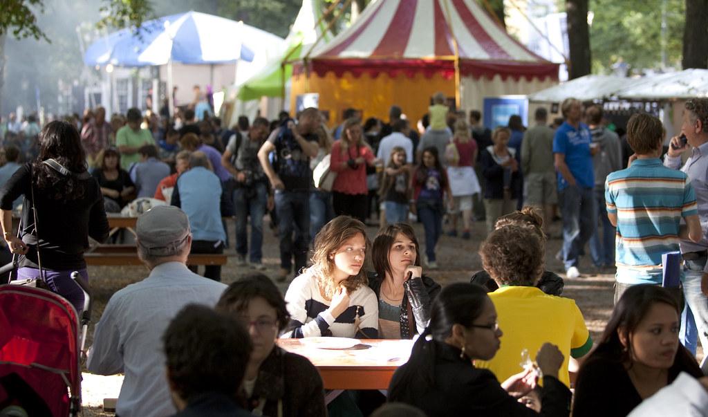 Embassy Festival Lange Voorhout