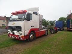 R292 XRM (routemaster2345) Tags: volvo fairground fairs cd transport pleasure hornes armadale fh12 xrm showmans r292 r292xrm