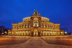 Semperoper Dresden (TIM BRUENING · PHOTOGRAPHY) Tags: architecture germany that deutschland dresden saxony sachsen architektur bluehour langzeitbelichtung semperoper longtimeexposure blauestunde flickraward canon5dmarkii tse17mm flickraward5 flickrawardgallery flickrtravelaward rememberthatmomentlevel4 rememberthatmomentlevel1 rememberthatmomentlevel2 rememberthatmomentlevel3 rememberthatmomentlevel5