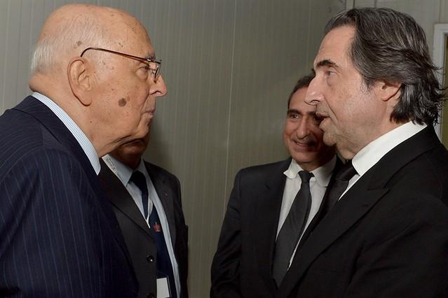 Il Presidente Giorgio Napolitano saluta  il M° Riccardo Muti al termine del concerto
