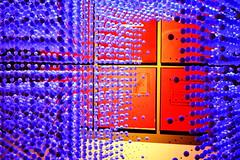 Quadrati rossi tra sfere blu (alosasso) Tags: venice art architecture modern arte contemporary venezia architettura moderna alessandro contemporanea sasso alessandrosasso alosasso chihapauradellarchitettura whosafraidofarchitecture