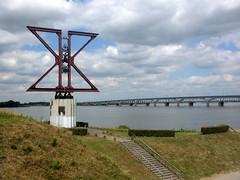 Moerdijkbrug (JdRweb) Tags: nederland brug moerdijk canonixus230hs