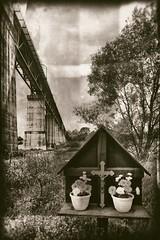 Viaduct of Moresnet. Blieberg (Plombires), Liege - Belgium.                                          Built by the Germans during the Great War. (Eric@focus) Tags: bridge steel pillar hard trains viaduct tokina crucifix labour nik pow greatwar russians 1418 germans prisonerofwar truss moresnet fachwerkbrcke kriegsgefangener 1116mm vakwerkbrug analogefexpro testd7100