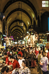 Mısır Çarşısı (maximumgore) Tags: canon turkey construction corn türkiye crowd spice egypt istanbul 5d bazaar orient çarşı yffo bestoftheday gününeniyisi 5dmk2