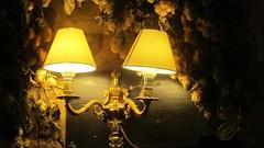 Cosy pub (j054lm0n) Tags: lamplights