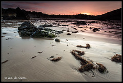 Playa de Borizu (Celorio) Asturias (atdesantos) Tags: sunset españa seascape beach canon landscape eos long exposure superb 9 asturias playa paisaje filter lee simply llanes 6d borizu principadodeasturias lamanoamiga nd0 inverse0
