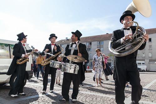 Balade en musique pour l'inauguration du square de l'amitié ©P. Le Tulzo