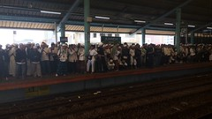 Juanda Station crowded with Ahok's (Governor of Jakarta) Protestant. (fachrulghifari) Tags: protestant ahok station juanda train commuterline kcj