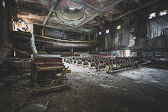 Back for more (_soliveyourlife_) Tags: theatre abandonedtheatre abandoned abandonedplaces decay explore forgottenplaces sony soliveyourlife urbanexploring