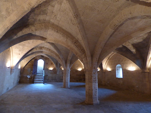 Bellapais Abbey, cellar (3)