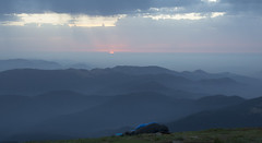 sunrise on the mountain Goverla 3 (intui.pro) Tags: carpathians september autumn hiking camping travel forest green ukraine outdoor landscape mountainside hill foothill grassland field mountain cliff crag sunrise sky