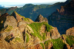 Pico_do_Arieiro_1959 (experience to discover) Tags: pico do arieiro madeira portugal mountain berg über den wolken beautiful light national geographic ngc landscape landschaft