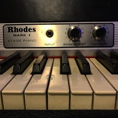Rockin' Rhodes (Pennan_Brae) Tags: volume musicphotography music instrument rhodes electronicpiano electronickeyboard synthesizer piano keys vintage keyboard
