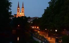 Niort by night (Chaquejourquemoisjvis) Tags: france church iglesia église niort poitoucharentes sèvre