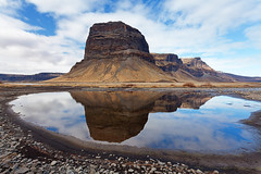 Lmagnpur (PLF Photographie) Tags: mountain reflection nature montagne canon landscape iceland mark filter ii 5d paysage islande hoya rflexion lomagnupur lmagnpur