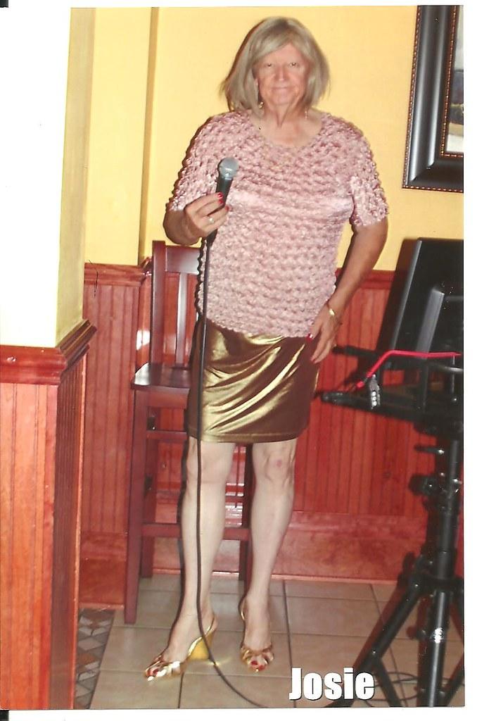 0 Josie @ Emilio's Grovetown Ga 06102014-3 size 10 - 4 inch wedge heel