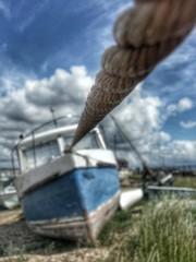 cameraphone sky abandoned clouds boat focus bokeh pov... (Photo: Mark.L.Sutherland on Flickr)