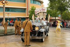 Disneyland Paris - june 2014 - 0035 (Snyers Bert) Tags: park parque paris france cars film car movie studio stars mouse duck euro disneyland films events disney parade resort land daisy movies frankrijk minnie studios walt vrie