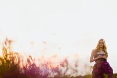 DSCF4486 (KirillSokolov) Tags: portrait flower girl field dress russia fujifilm fujinon россия цветы 56mm из кирилл девушка ivanovo соколов xe1 5612 цветов mirrorless платье иваново porusski фуджи беззеркалка sokolovkirill2014 беззеркалки 56мм