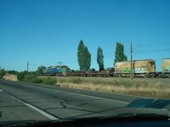 Corre que te pillo! (daniel_01986) Tags: tren carretera eeg breda locomotora gai e32 carga fepasa ruta5sur locomotoraelectrica e3208