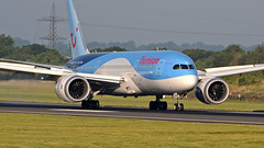 Thomson Airways Boeing 787-8 G-TUIB 'Alfie' (StephenG88) Tags: man tom thomson boeing airways alfie manchesterairport 787 birdstrike egcc 788 7878 24714 gtuib