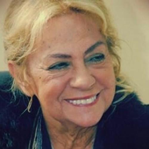 Sadri Alışık'ın eşi, Kerem Alışık'ın annesi, Attila İlhan'ın kardeşi, aktris Çolpan İlhan hayatını kaybetti. Çok sevdıgım bır sanatcıydı. Allah Rahmet Eylesın