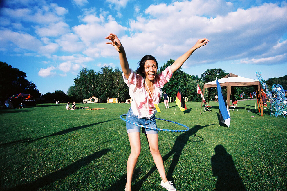 Happy hula-hooping!