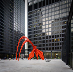 federal center (schromann) Tags: chicago glass wall box curtain flamingo style center international calder government alexander van der federal mies glas modernist fassade vorhang rohe kiste 20140805600d