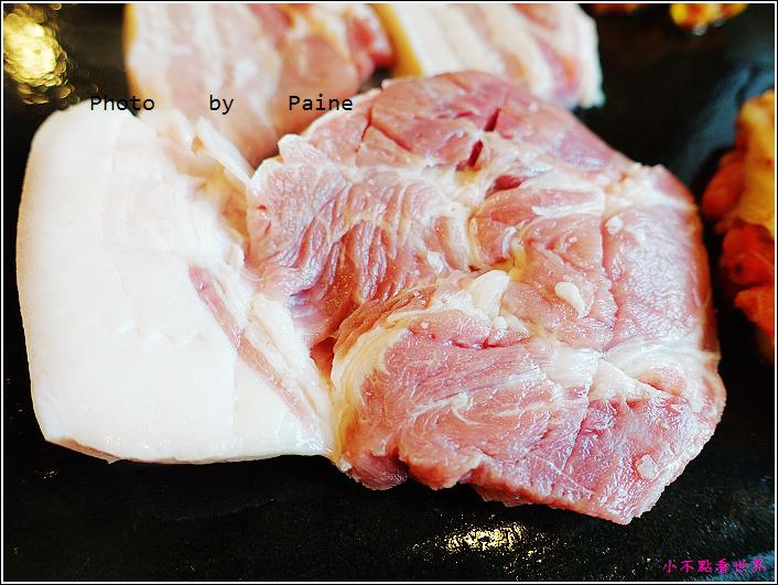 濟州島黑豬肉烤肉一條街-香氣烤肉 (18).JPG