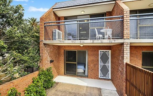 8/10 Church Street, Terrigal NSW