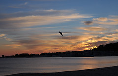 Puesta (Bvil) Tags: puestasdesol cangas cangasdomorrazo mardegalicia mar