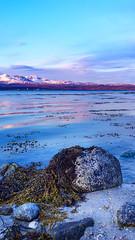 Lofoten midnight sun (Urs Walesch) Tags: midnightsun sun sunshine water ocean mountains snow lofoten