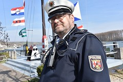 Ulrich Hubner assists on historic day (U.S. Army Europe) Tags: nierstein germany worldwar ww2 75strong strong strongeurope amphibious nazivictims kornsand engineers 249th history historic rhine rhineriver usareur armyeurope europestrong