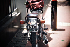 Arema ! Malang ! (MAMZBRAY) Tags: street people 6 film analog canon indonesia fuji hunting iso ftb fd 2014 itn 5018 ql