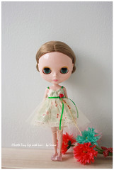 TL0022 - New Dress Updated (Lovedoll2) Tags: cute classic vintage doll pretty dress handmade willow cotton ribbon blythe elegant dolly winsome zakka