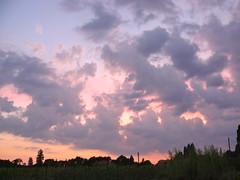 Coucher de soleil à Cagnotte, Landes (Marie-Hélène Cingal) Tags: cagnotte paysdorthe landes 40 aquitaine france sudouest sunset coucherdesoleil nuages clouds ciel sky nwn