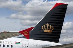 Royal Jordaniar One World (Martin J. Gallego. Siempre enredando) Tags: madrid plane canon airbus mad jordanian avion a320 barajas planespotting oneworld airbus320 royaljordanian airbusa320 canonsx jyayp canonsx220