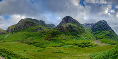 Three Sisters of Glencoe Panorama MK II (Damon Finlay) Tags: panorama black mountains beauty landscape scotland highlands natural scottish ridge r glencoe wilderness naturalbeauty fujinon f4 aonach xf ois scottishhighlands beinn dubh highlandsandislands aonachdubh gearraonach gearr beinnfhada 1024mm fhada fujixe1 fujinonxf1024mmf4rois