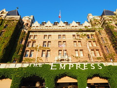 Vancouver Island - The renowned Empress Hotel at Victoria (Digidoc2) Tags: canada hotel victoria vancouverisland theempresshotel historichotel