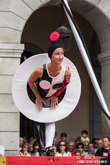 LEtape en LAir (PeRRo_RoJo) Tags: portrait ballet espaa woman sexy girl dance mujer chica circo circus retrato sony acrobat baile vila castillaylen acrobacia acrbata dslra580 circofestival