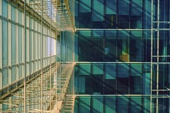 Leading Lines (Hassam Tariq) Tags: city abstract building c