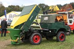 Unimog (sonjasfotos) Tags: traktor mercedesbenz unimog trecker schlepper nordhorn schlter mbtrac u406 u421 u404 u2010 u411 u403 u423 unimogtreffen litrac