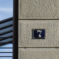 Schmiedel-Strasse 7, Kitzingen (Abby flat-coat) Tags: germany kitzingen elph300hs img6438strtsq number 7 stolpersteine