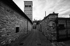 25 foto da Assisi (andaradagio) Tags: bianconero andaradagio umbria assisi italia italy bw
