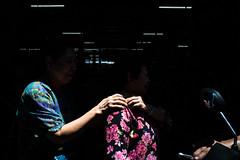 * (Sakulchai Sikitikul) Tags: street snap streetphotography a7s sony 28mm thailand bangkok market voigtlander hand ปากคลองตลาด