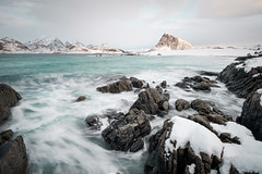 Crushing waves, Norway (Sunny Herzinger) Tags: norway fujixpro2 winter norge water lofoten sea mountains waves xf14mmf28 rocks nordland no visipix