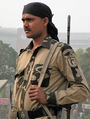 Guarding Connaught Place (bokage) Tags: india newdelhi delhi bokage guard connaughtplace