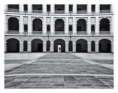 Kodak Instamatic 104 (!963) (Samy Collazo) Tags: kodakinstamatic1041963 rollei80s lightroom3 niksilverefexpro2 cuartelballajá sanjuan oldsanjuan viejosanjuan puertorico bn bw streetphotography fotografiacallejera