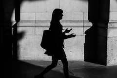 Silhouette, Union Station (Jordan Barab) Tags: shadows street streetphotography sonydscrx100 sonydscrx100markiii blackandwhite unionstation washingtondc